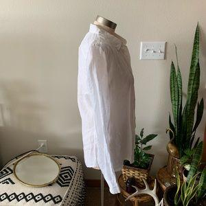 GAP Tops - NWT • white button down collared gap blouse